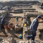 Penemuan Pangkalan Militer Romawi dan Harta Karun di Ladang Jagung