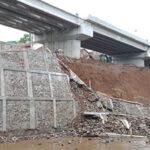 Baru Rampung Sehari, Plengsengan di Bawah Jembatan Kedungkandang Ambrol
