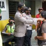 Tak Pakai Masker, 12 Warga Blitar Ditilang Petugas