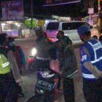 Razia Prokes di Garum Blitar, Petugas Jaring 12 Warga Tak Bermasker