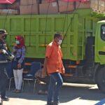 Grebek Pabrik Rokok Ilegal, KPPBC Sidoarjo Amankan Pemilik dan Barang Bukti