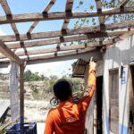 Diterjang Puting Beliung, Dua Rumah Satu Kandang di Situbondo Rusak