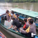 Cek TPS di Daerah Terpencil, Petugas Gunakan Trail dan Perahu