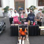Berusaha Kabur, Kedua Kaki Jambret di Surabaya Ditembak