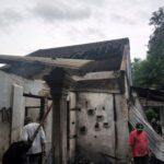 Diduga Oven Meledak Dua Home Industri Sepatu di Mojokerto Terbakar