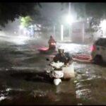 Hujar Lebat 4 Jam, Air Menggenang di Sejumlah Jalan Protokol Situbondo