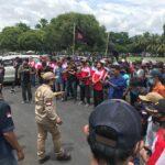 Wabup Jember Diduga Dilecehkan Pejabat, Puluhan Masyarakat Geruduk Pemkab