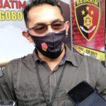 Polisi Selidiki Video Sejoli Mesum saat Bermotor di Surabaya