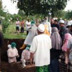 Positif Covid-19, Pensiunan Guru di Situbondo Meninggal, Warga Ikuti Pemakaman Abaikan Prokes