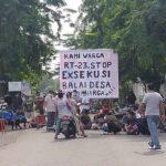 Dihadang Warga, Eksekusi Lahan di Desa Kemiri Sidoarjo Gagal untuk Ketiga Kalinya