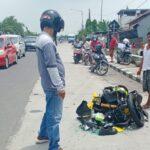 Terperosok Jalan Berlubang di Sidoarjo, Motor Tabrak Pikap Hingga Tak Berbentuk