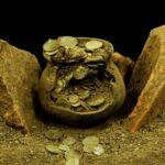 Arkeolog Temukan Ratusan Koin Perak Romawi di Kota Kuno Aizanoi