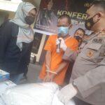 Pria Asal Gresik Jual Istri Haid Layani Threesome di Mojokerto dengan Tarif Rp 1,5 Juta