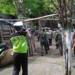 Petugas Bubarkan Kerumunan di Tiga Lokasi Wisata Situbondo