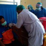 Ratusan Pegawai 'Urgent' RSUD Jombang Divaksinasi Covid-19, Termasuk Petugas Cleaning Service