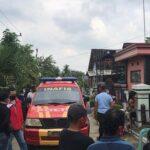 Tangis Histeris Pecah Saat Polisi Evakuasi 3 Korban Tewas Bunuh Diri di Blitar