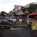 Gorong-Gorong Ambrol di Jalan Gajayana Kota Malang Picu Kemacetan Lalu Lintas