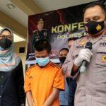 Bocah 12 Tahun di Mojokerto Dibawa Kabur dan Disetubuhi Kenalan <em>Facebook</em>-nya