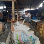 Harga Kedelai Naik, Pengrajin Tahu-Tempe Tulungagung Kurangi Produksi