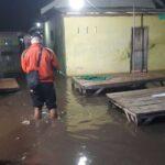 Gelombang Pasang dan Rob Terjang Besuki Situbondo, 52 Rumah Terendam 2 Perahu Rusak
