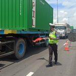 Jalan Tol Surabaya-Gempol Ambrol Picu Kemacetan Lalu Lintas