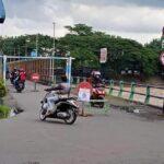 Elevasi Naik, Jembatan Dam Rolak 9 Ditutup untuk Kendaraan Roda Empat