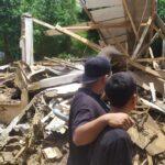 Tiga Rumah Hancur Diterjang Banjir Bandang di Jombang