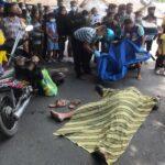 Pemotor di Mojokerto Mendadak Jatuh dan Tewas, Istri Histeris