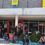 Pemadaman PJU, Puluhan PKL Jombang Geruduk PLN Ancam Layangkan Gugatan