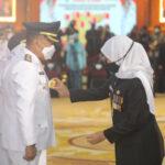 Gubernur Khofifah Lantik 17 Kepala Daerah Se-Jatim di Surabaya