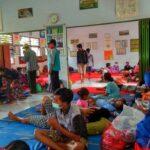 Ratusan Pengungsi Longsor Nganjuk Dialihkan ke SD Negeri 3 Ngetos