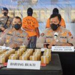 Polda Jatim Ringkus Dua Pelaku Jual Beli 3.000 Bom Ikan di Situbondo