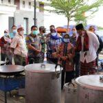 Pemkab Jombang dan Warga Bahu-Membahu Bantu Penanganan Banjir Bandar Kedungmulyo