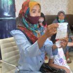 Perempuan Surabaya Ini Wadul Dewan, Minta HP yang Digadaikan Ditebus untuk Belajar Anak