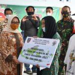 Mulai Cair, Bupati Mundjidah Launching BLT DD bagi Warga Jombang