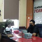 Keluarga Mantan Kades Kemantren Sidoarjo Kembalikan Kerugian Negara Rp 540 juta