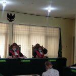 Jalankan Amanat Rapat untuk Jual Bodi Mobil Corona, Guru di Sidoarjo Diadili