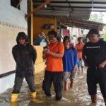 Kota Pamekasan Banjir, Air Setinggi Lutut Genangi Rumah Warga