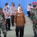 Kunjungi Posko TNI AL di GOR Tennis Indoor, Bupati Jombang Berharap Pandemi Segera Usai