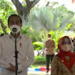 Pantau Vaksinasi Ribuan Tokoh Agama di Jombang, Jokowi: Alhamdulillah Lancar