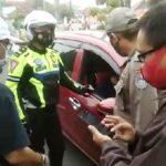 Diduga Mabuk, Oknum Pegawai Dishub Situbondo Pingsan di Mobilnya