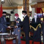 Hadiri Sertijab Bupati-Wabup Sumenep, Gubernur Khofifah Sampaikan 5 Arahan Presiden