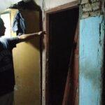 Cerita Warga Blitar Keluar Lewat Jendela, Saat Rumahnya Roboh Akibat Gempa