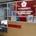 Jaga Stok Darah Aman Selama Ramadan, UDD PMI Jember Layani Donasi Massal Sehabis Tarawih