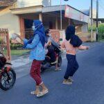 Berkah Ramadan, Pekerja Migran Indonesia (PMI) di Tulungagung Ini Bagi-bagi Takjil
