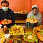 Menikmati Kuliner Khas Timur Tengah di Matbah Umi Mojokerto