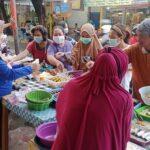 Ramadan Tiba, Rezeki bagi Pedagang Dadakan Buka Puasa di Surabaya