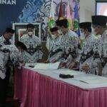 Pelantikan dan Sertijab Pimpinan STIE PGRI Dewantara Jombang Berlangsung Khidmat