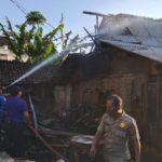 Lupa Matikan Tungku, Bangunan Dapur Nenek di Jember Ini Ludes Terbakar