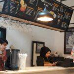 Kafe Bernuansa Vintage di Jember, untuk Buka Puasa dengan Menu Western Food